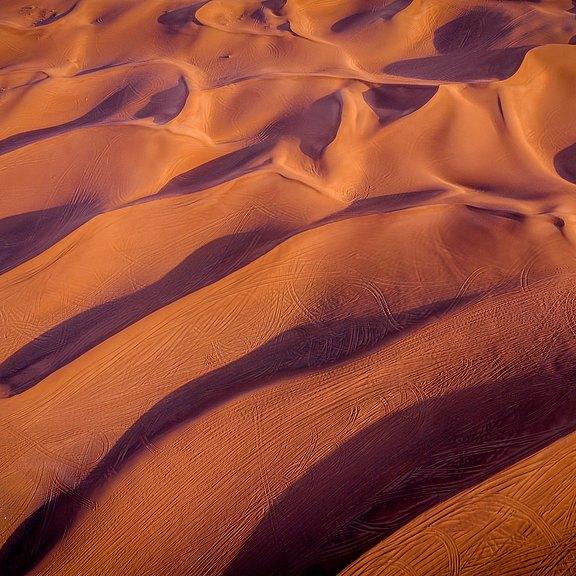 bird-s-eye-view-of-desert-1509582.jpg